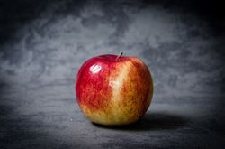 apple-256268_640