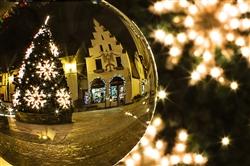 christmas-tree-573198_640