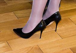 shoes-453210_640